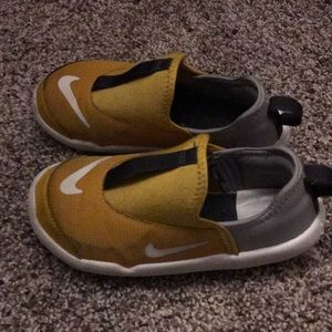 Used excellent condition toddler sneakers